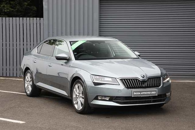 SKODA Superb 1.5 TSI 150ps SE L Executive ACT Hatchback